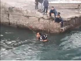 바다에 빠진 익수자 구한 용감한 시민 김성우씨